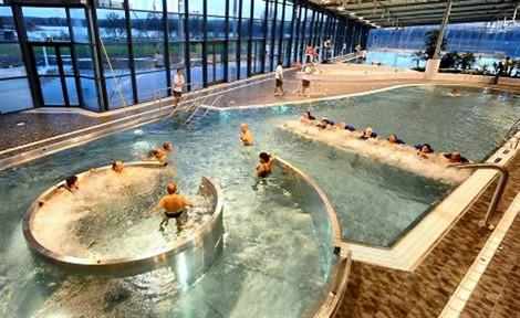 piscine municipale de la fl che c 39 est super bien chez soi