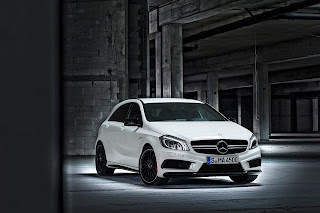 2014 Mercedes-Benz A45 AMG Review