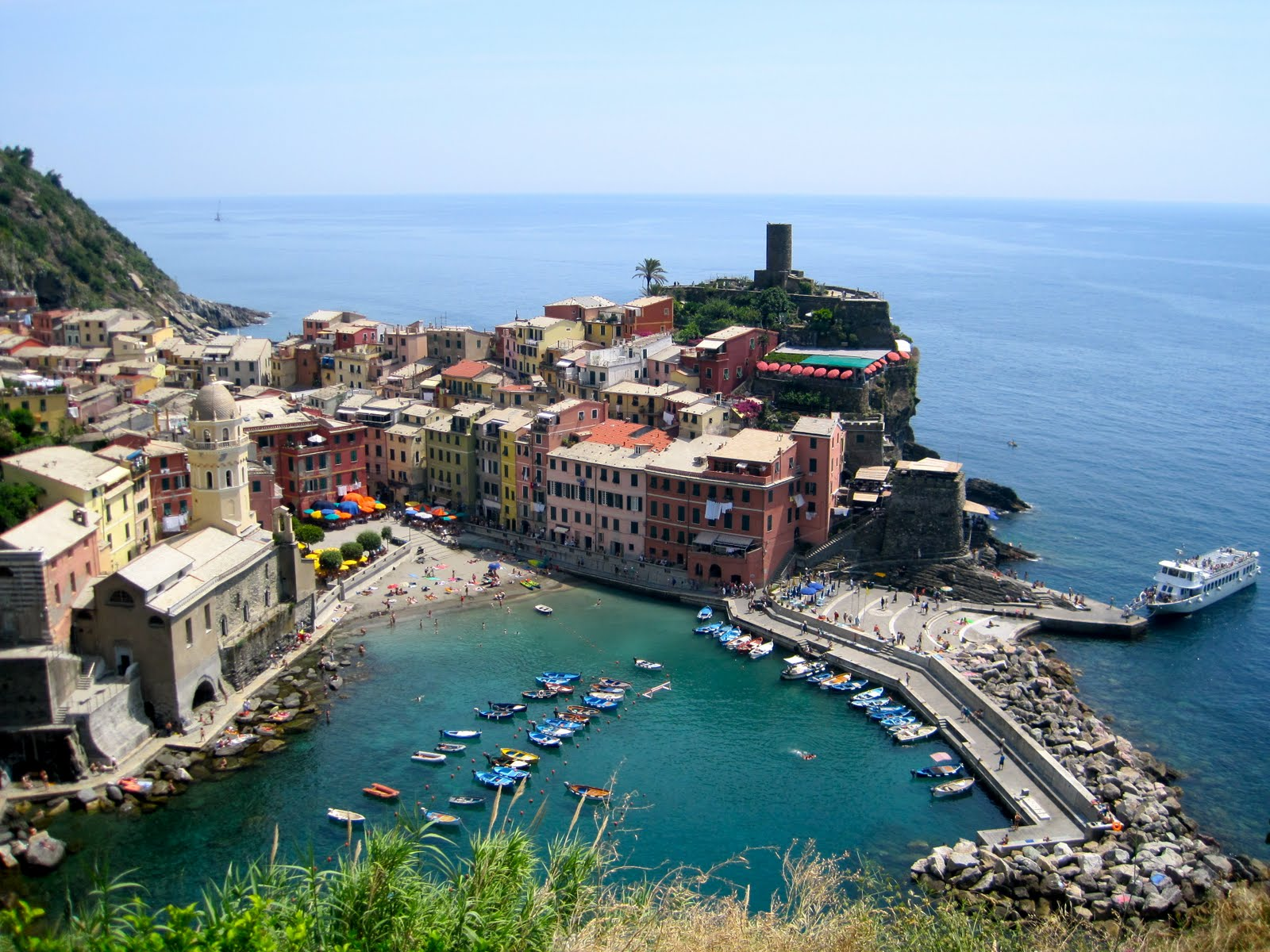 Italy) – manarola in cinque terre is the best for quiet and