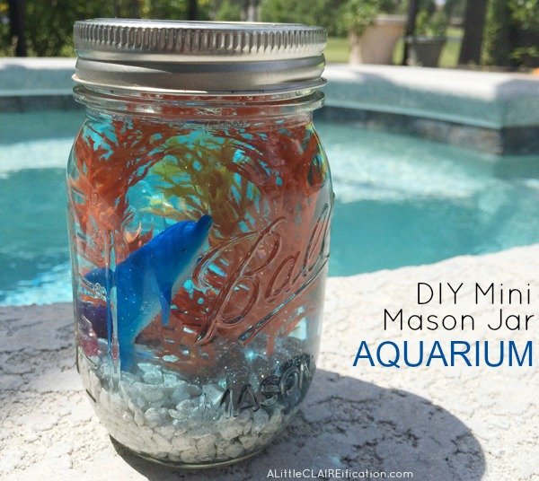 http://alittleclaireification.com/2015/05/11/mini-mason-jar-aquariums-summer-in-jars-series/