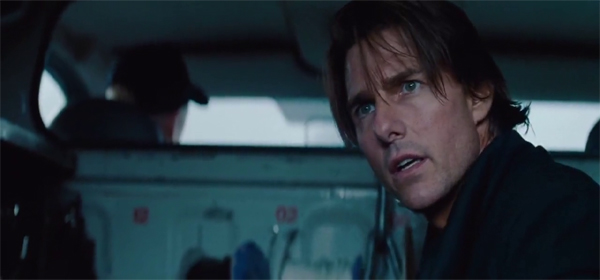 Screen Shot Of Hollywood Movie Mission Impossible 4: Ghost Protocol (2011) Hindi Dubbed Full Movie Free Download And Watch Online at worldfree4u.com