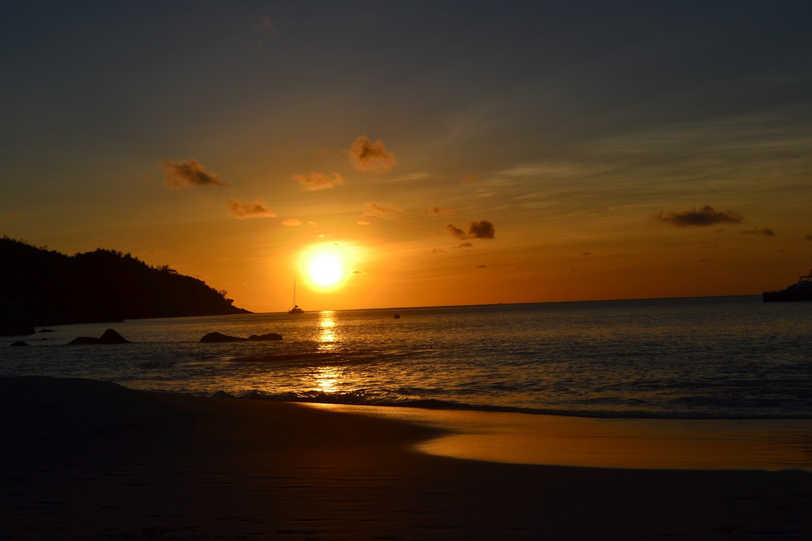 Sunset on Anse Lazio beach(Praslin island)