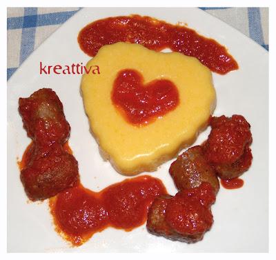 Cuore di polenta con salsiccia