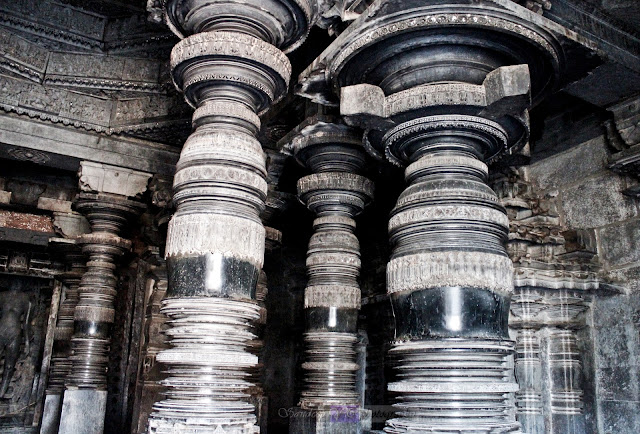 Beautifully turned pillars with mirror like finish and amazing designs