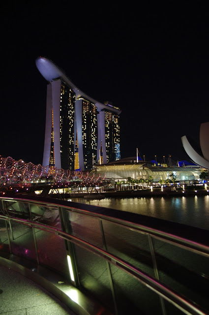 Small notes about big Singapore.