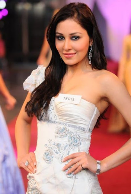 Pooja Chopra Hot Pictures 2013