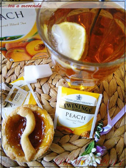 http://www.pecorelladimarzapane.com/2011/05/minicrostatine-alla-marmellata-per-il.html