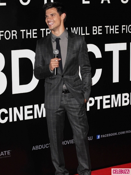 Taylor Lautner Styling @ 'Abduction' Premiere In Sydney (PHOTOS)
