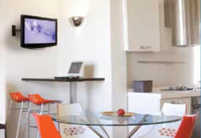 Soluci n en soportes tu televisi n es de 10 a 22 checa - Television en la cocina ...