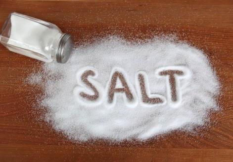 Manfaat garam untuk membersihkan berbagai barang keperluan sehari-hari
