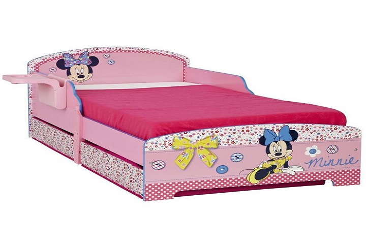 des chambres coucher minnie mouse pour fille b b et d coration chambre b b sant b b. Black Bedroom Furniture Sets. Home Design Ideas