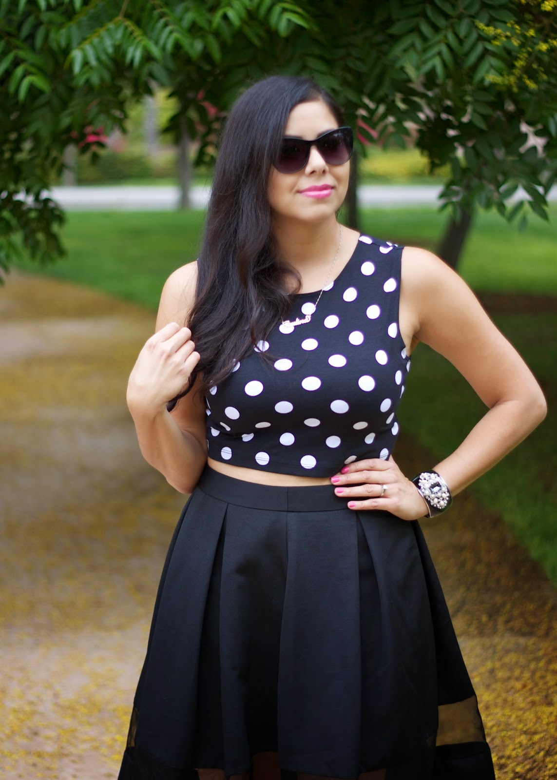 Cute and elegant outfit, cute and elegant midi skirt, asos midi skirt with sheer panel, how to wear a midi skirt