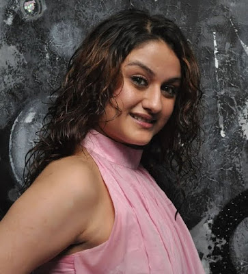 Tamil-Hot-Actress-Sonia-Agarwal