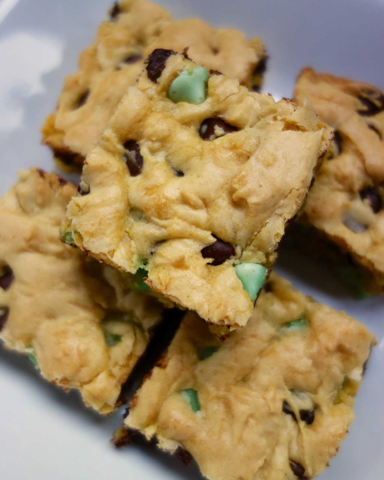 Chocolate Mint Cookie Bars | Plain Chicken