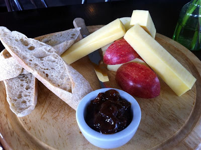 Stitch and Bear - Eastern Seaboard Ploughman's Plate