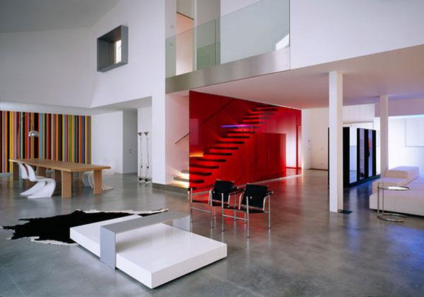 Fotos escaleras interiores de casas awesome planos de for Muebles pop art