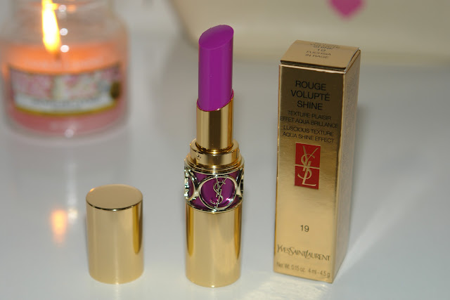 YSL Rouge Volupté Shine N°19 Fuchsia in Rage, beauty, lipstick, review, YSL, make up, UK beauty fashion blogger