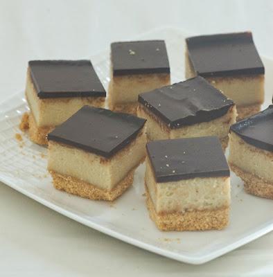 ריבועי גבינה עם חלבה ושוקולד