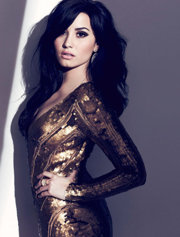 Demi Lovato   Cosmopolitan & Fashion Magazine # August 2013!