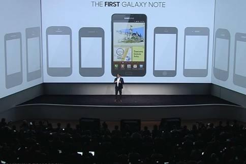 Justin Denison Memaparakn Galaxy Note 5