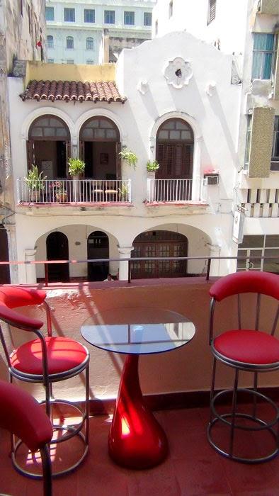 CASA MAURA , mi casa particular en La Habana, dedicada al hospedaje de viajeros, una casa de renta con el concepto B&B, ubicada en la Habana Vieja