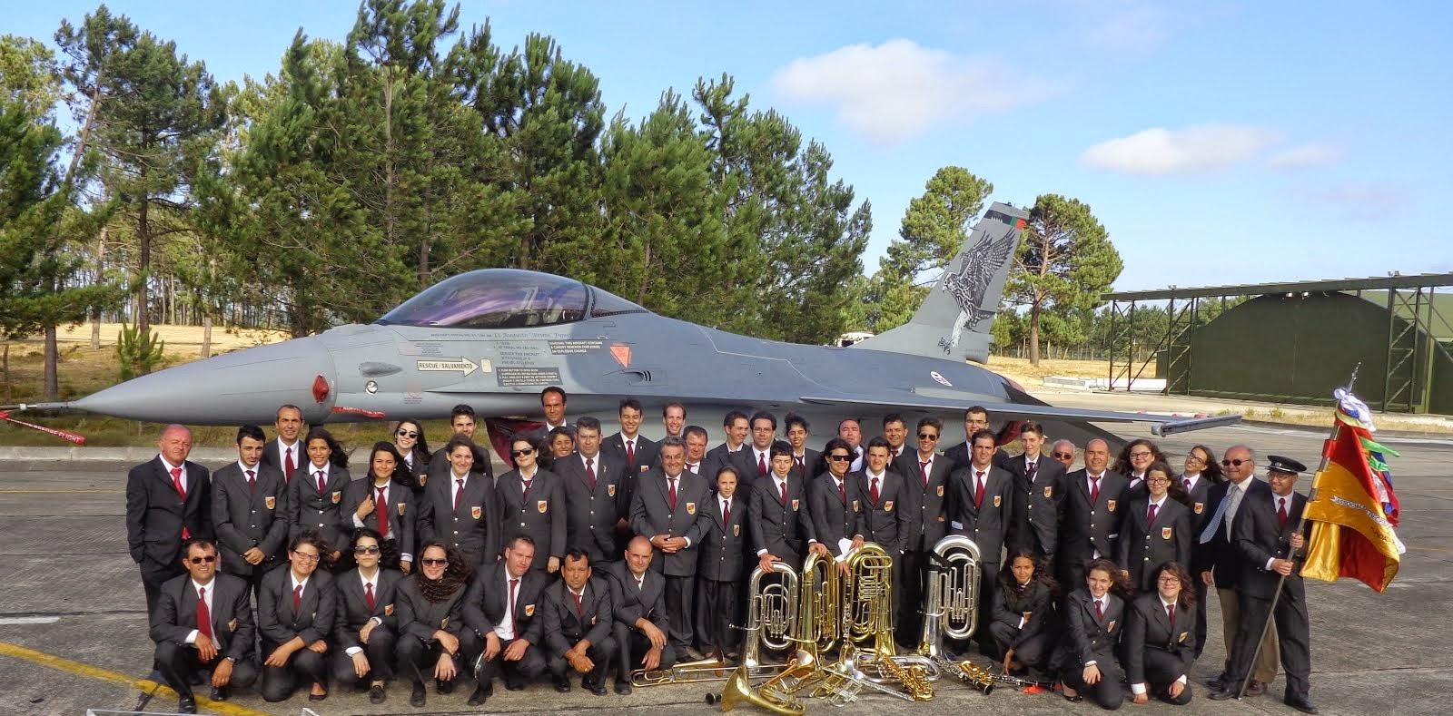 Nos 20 anos dos F16