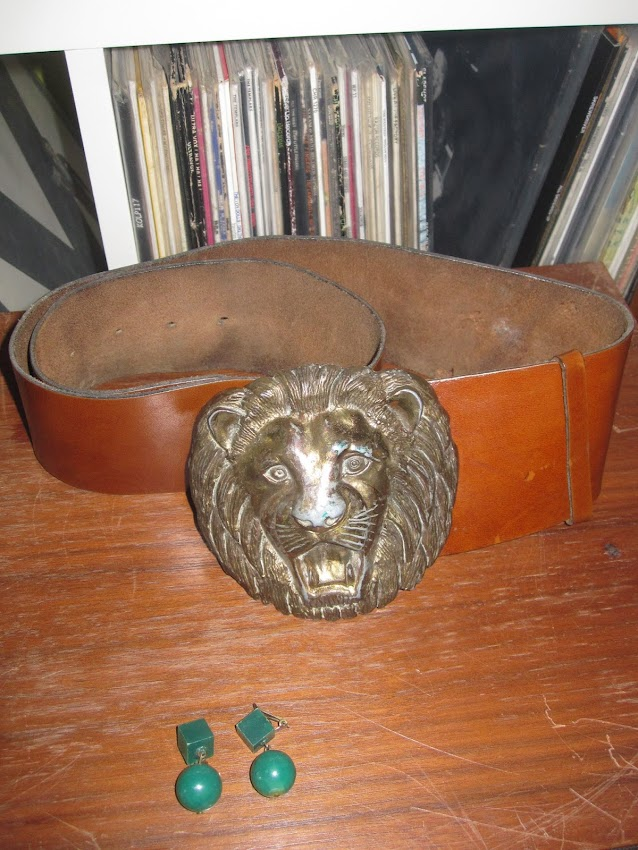 in the street : Meurop's stool  charity organization :  KEF speakers 6€ yard sale : large belt with lion head buckle the sweet brian connolly  and vintage green earrings ( 2€10 for all)  vintage 1960 60s  1970 70s gogo earrings pierre guariche garage sale
