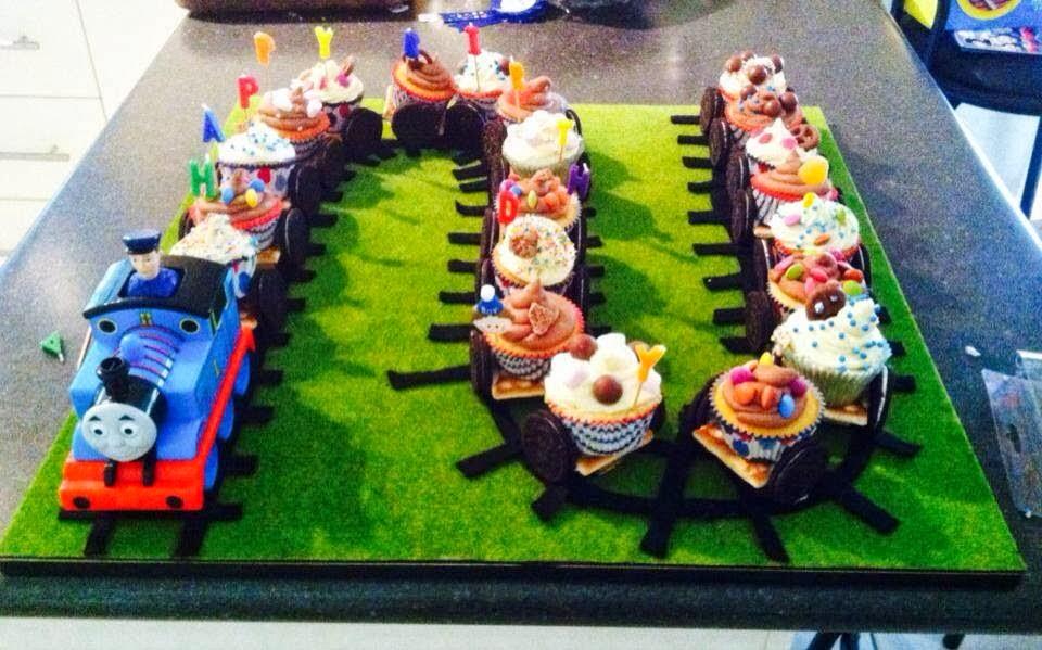 I Cake Therefore I Am Thomas The Tank Engine Cupcake Train Happy