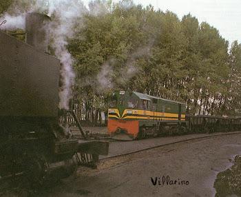 Locomotora Diesel y de Vapor frente a frente.