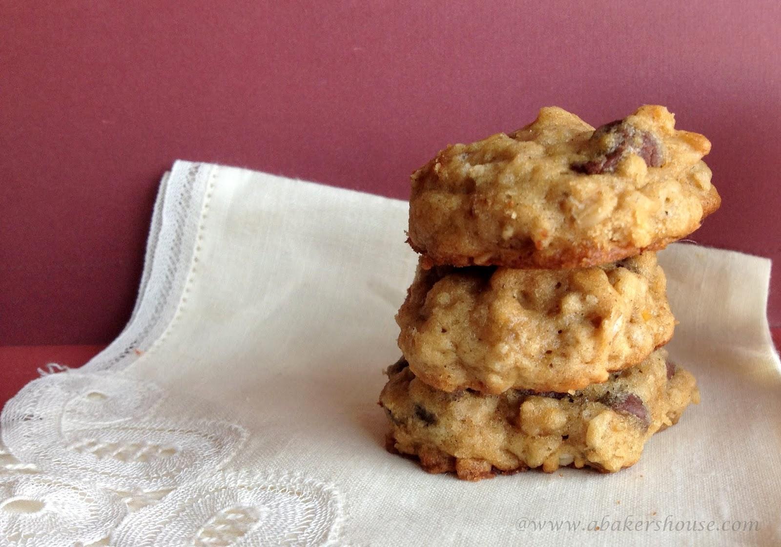 Soft banana oatmeal chocolate chip cookies