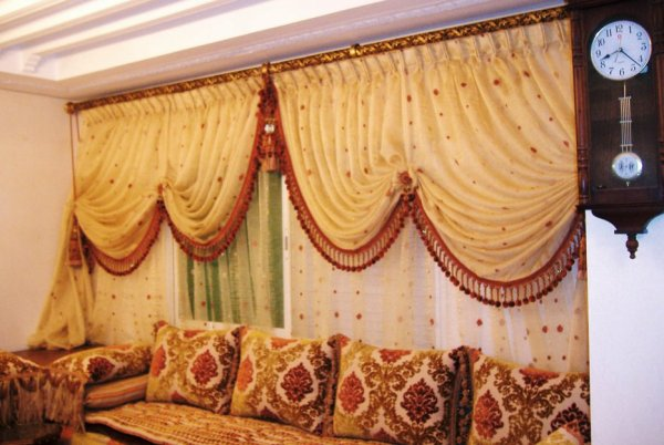 Décoration salon marocain: Photos rideaux salon moderne