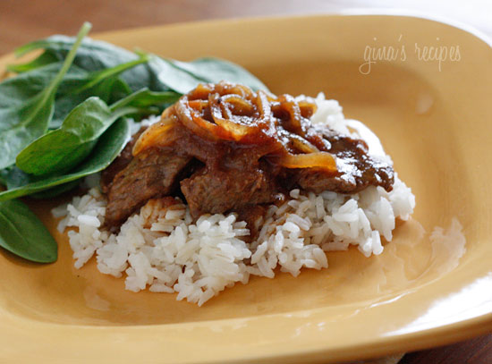 Carne Bistec – Colombian Steak with Onions and Tomatoes ...