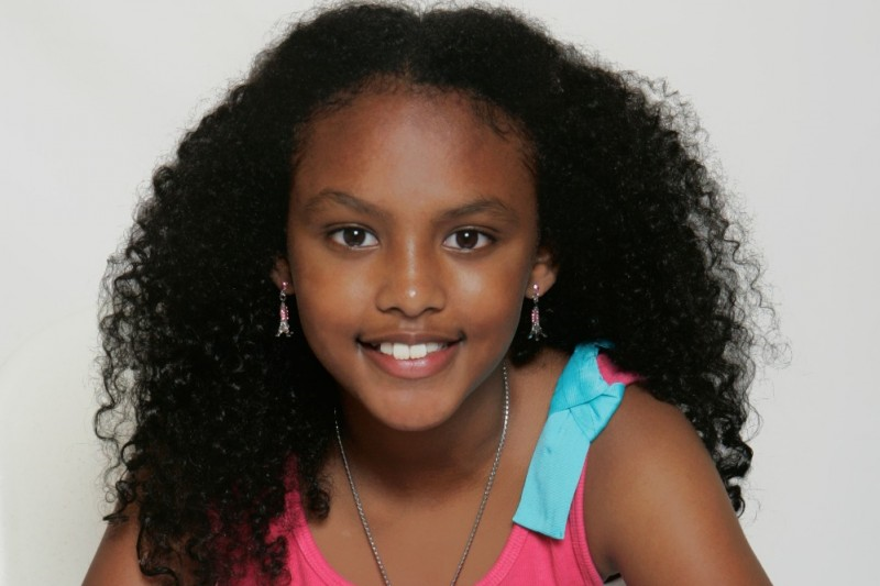 Meet Anaya Lee Willabus, the youngest female author in the US.