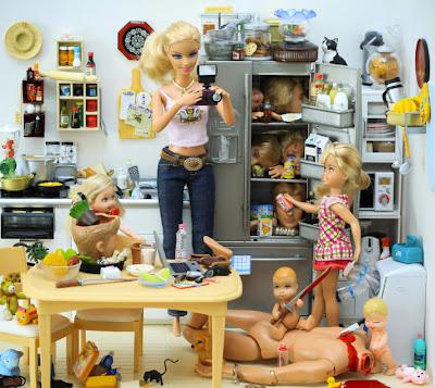 Las Barbies sádicas de Mariel Clayton