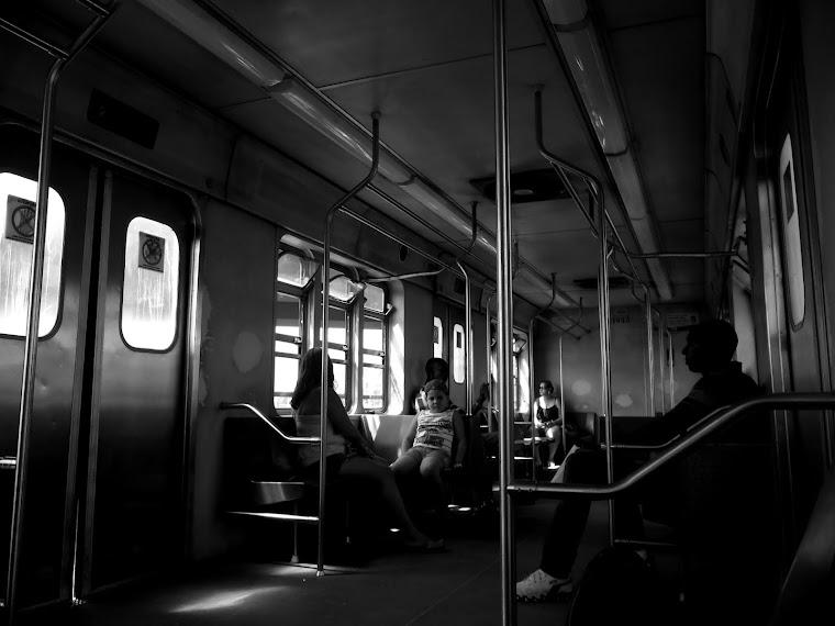 CADERNOS DE AFRICA  _trem central_ rio de janeiro - RJ / BRASIL