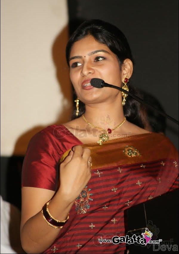 vj maheshwari navel and Cleavage Show Remove Her Saree