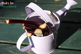 Bánh rhubarb, táo và dâu crumble 2