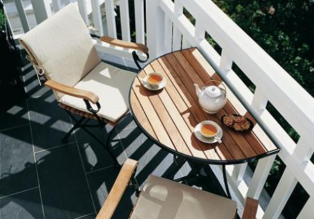Miscelanea y reciclaje octubre 2011 for Mesas para terrazas pequenas