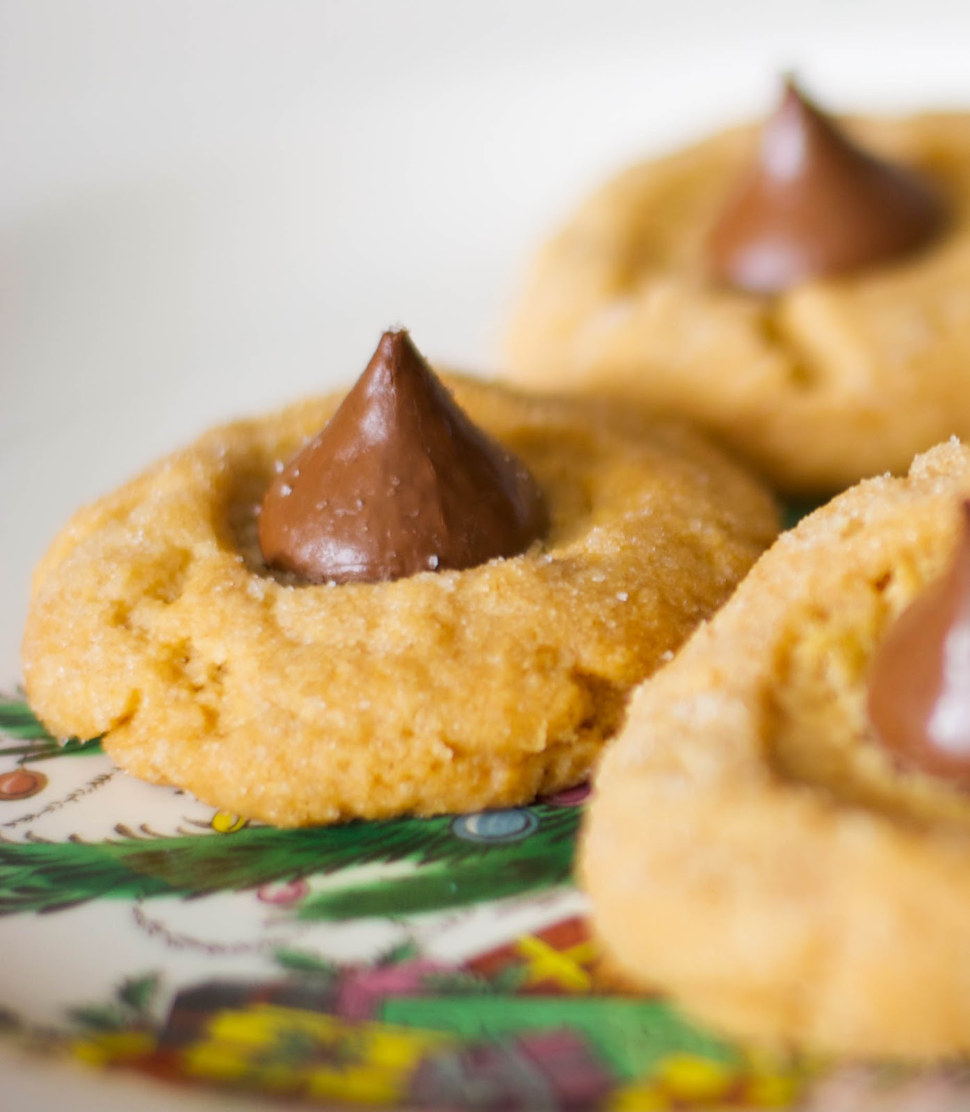 can remember, Holiday Baking Recipe #4 Kisses® Peanut Butter Blossoms ...