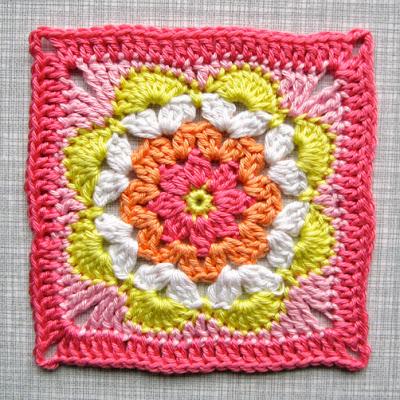 2 Color Crochet Flower Pattern
