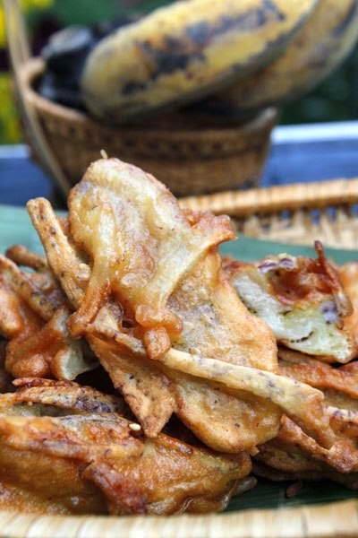 Vietnamese Food - Bánh Chuối Khoai Môn Chiên