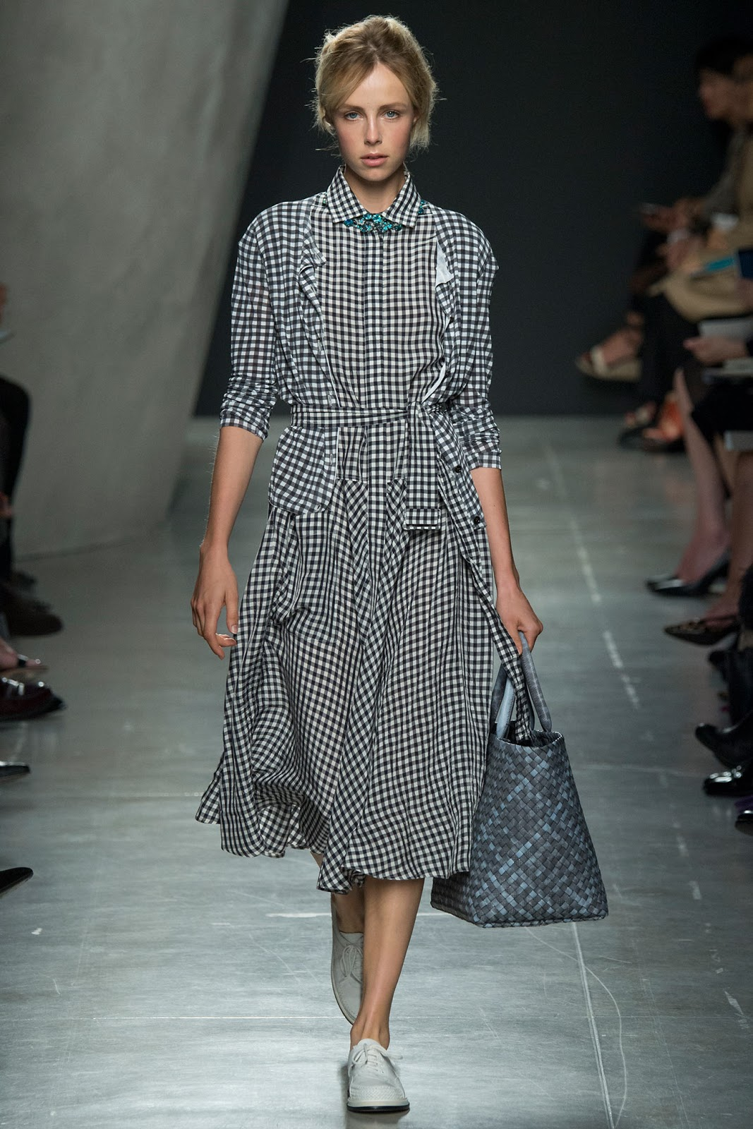 spring/summer 2015 trends / shirtdress / history of shirt dress / bottega veneta spring 2015 / via fashioned by love british fashion blog