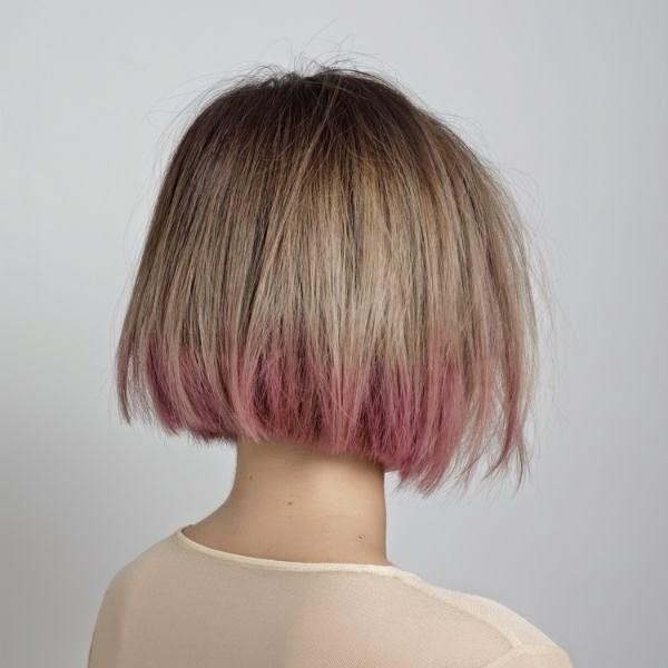blond met roze bob