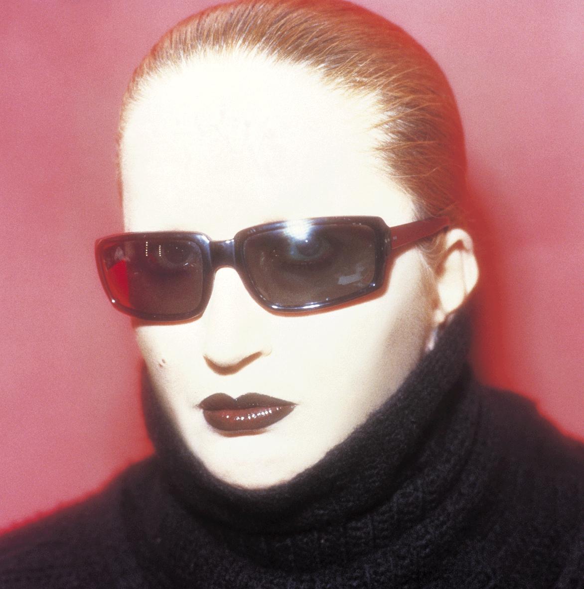 NOTE DE L'HOTEL: Mysterious Mina Mazzini Medley : Eyewear, Italian ...