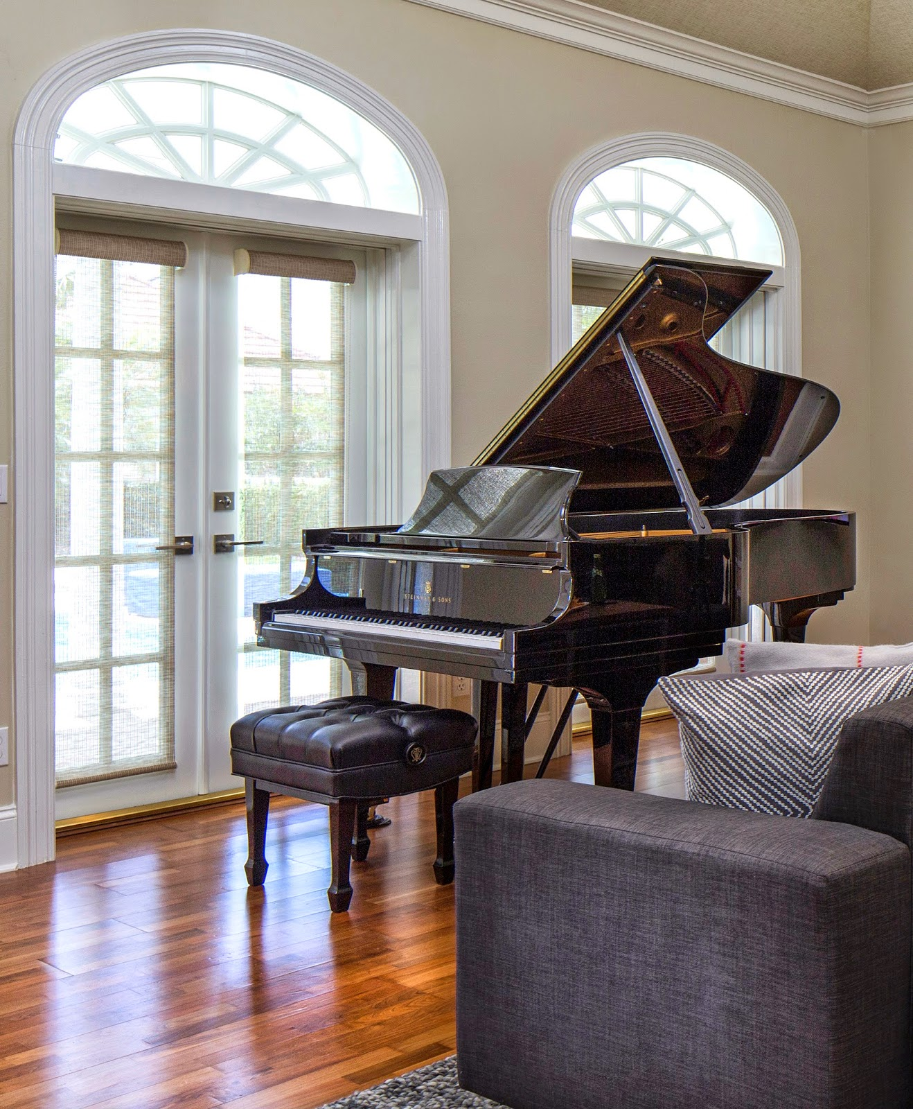 Designer 39 s best picks design notes adding pianos to your for Best piano house