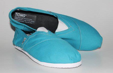 Sepatu Toms TOMS18
