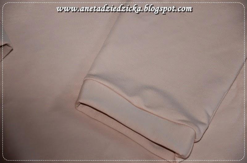 Pudrowa bluza