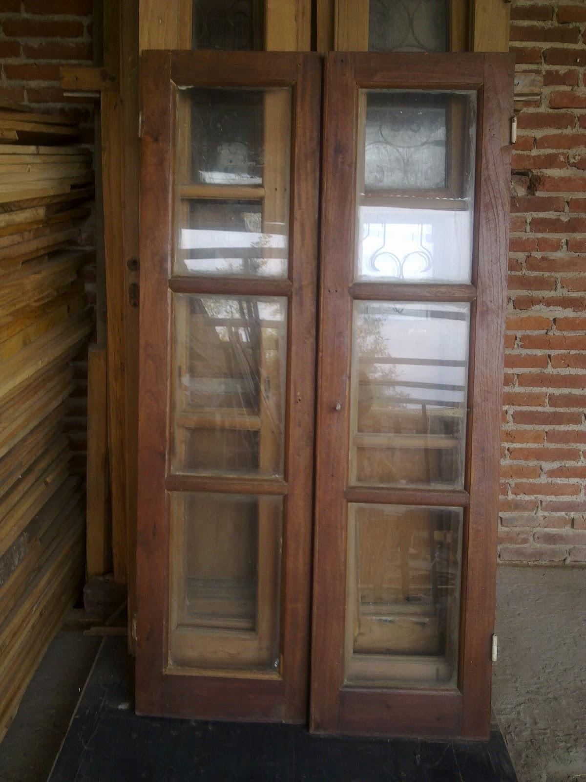 Ayacucho antiguedades for Puertas antiguas dobles