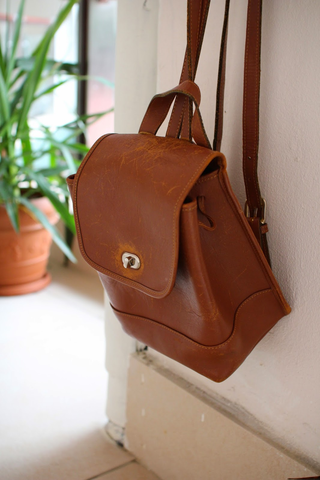 coach bag, leather bag, coach backpack, leather backpack, vintage backpack, flea market finds
