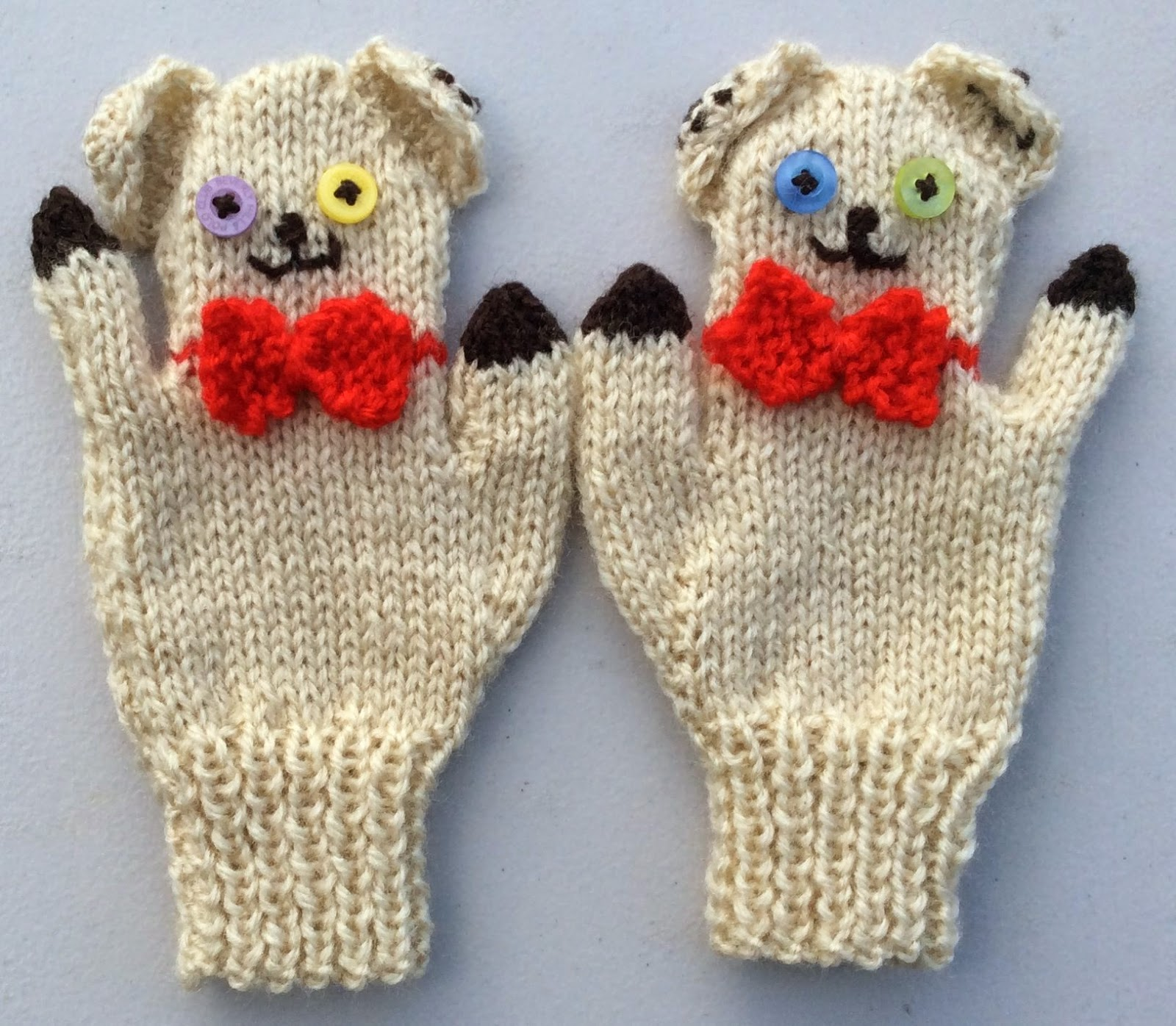 Puppet Gloves Knitting Pattern : bitstobuy: New fun knitting pattern for Child Animal Puppet Mittens